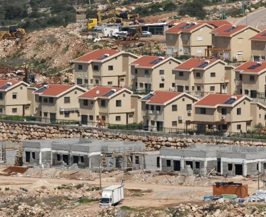 البناء الاستيطاني على الأراضي المحتلة