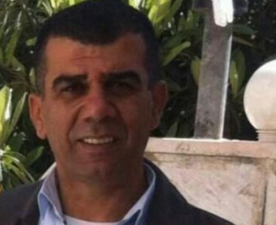 الأسير الصحفي نضال أبو عكر
