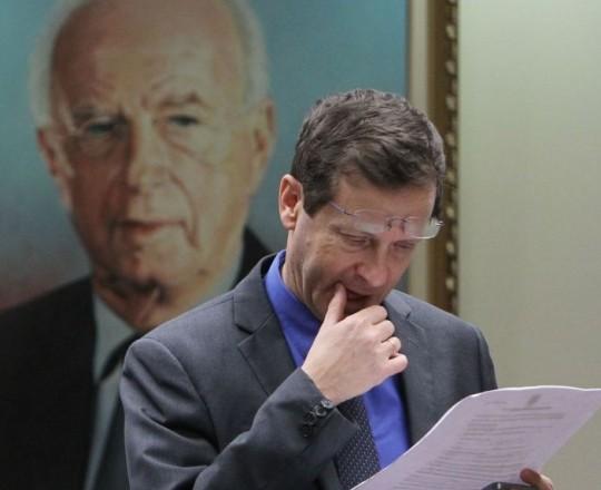 يتسحاق هيرتسوغ زعيم حزب العمل في الكيان الصهيوني
