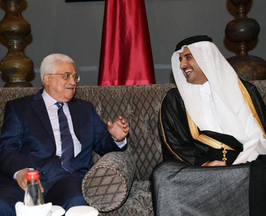 أمير قطر والرئيس محمود عباس