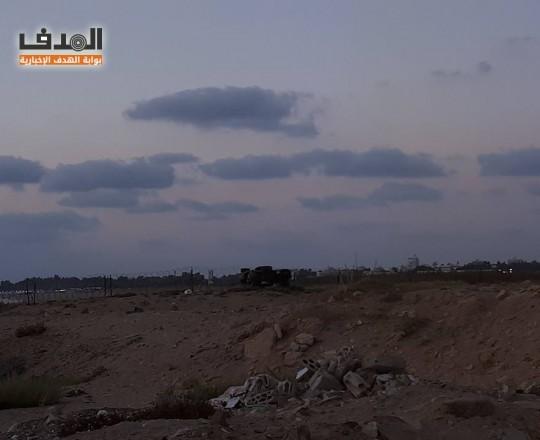 صورة للسياج الشائك حول مخيم الرشيدية - بوابة الهدف