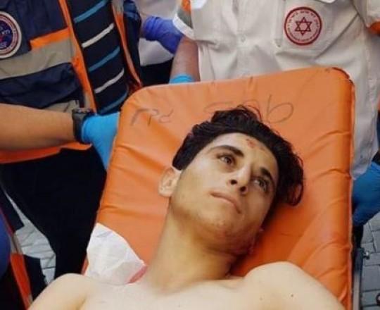 الأسير المصاب الطفل خليل جبارين (16 عامًا)