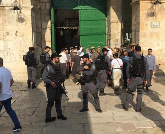 جانب من اقتحام المستوطنين للمسجد الأقصى - 22 يوليو 2018
