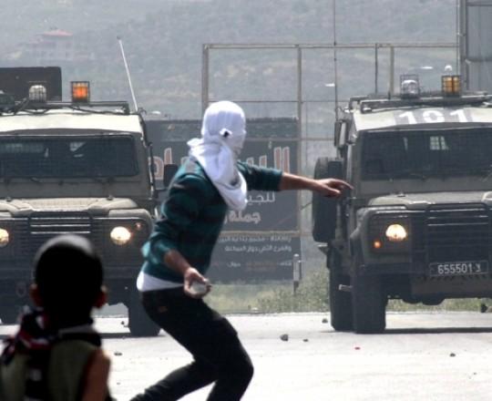 مواجهات مع قوات الاحتلال - أرشيف
