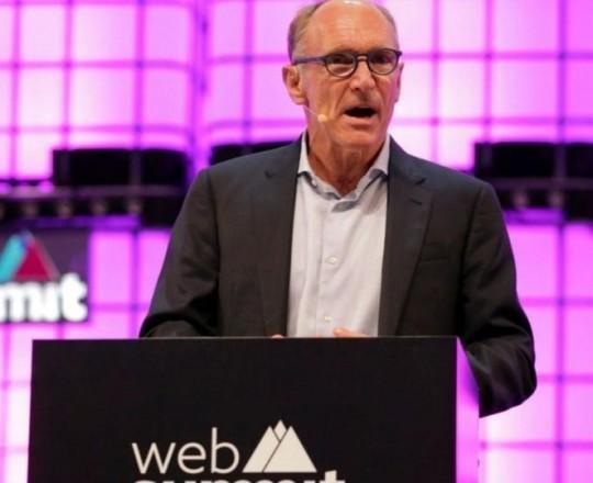 مؤسس الويب تيم بيرنرز