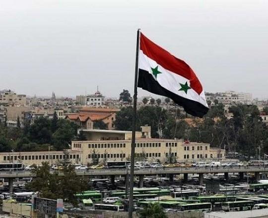 سوريا دمشق العلم السوري.jpg