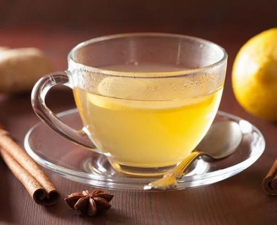 مشروب الزنجبيل مع الليمون يُساعد على تحفيز الهضم