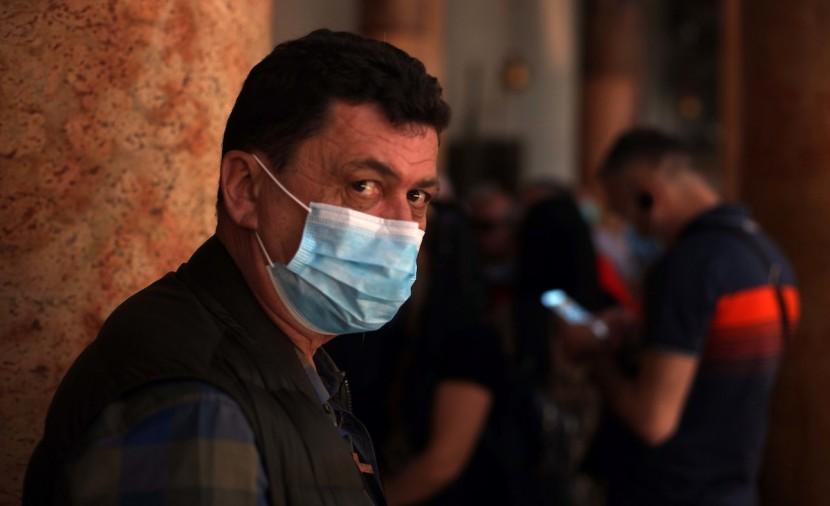 الصحة: تسجيل 176 إصابة جديدة بفيروس كورونا بالضفة وغزة خلال 24 ساعة