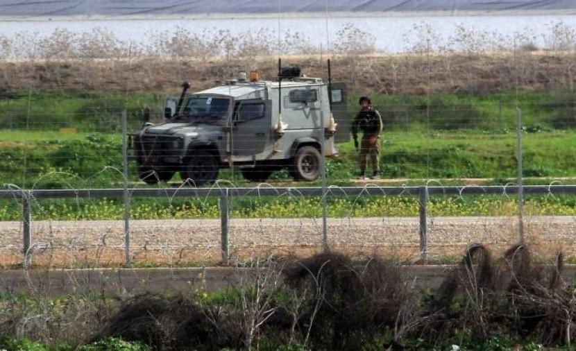 الاحتلال الصهيوني يستهدف مراكب الصيادين والمزارعين في قطاع غزة