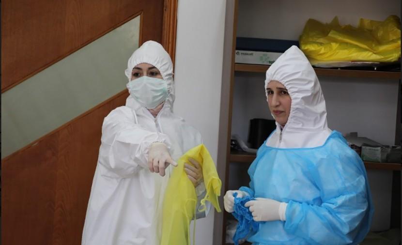 """الصحة برام الله: 13 وفاة و1139 إصابة جديدة بفيروس """"كورونا"""" بالضفة وغزة"""