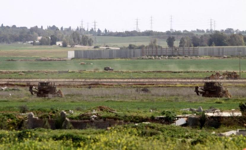جيش الاحتلال يستهدف الصيادين والمزارعين في مدينة غزة