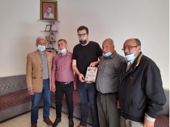 لجنة الأسرى بالشعبية تزور عوائل الأسرى في قطاع غزة (5).PNG