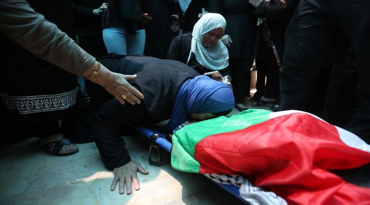 تشييع جثمان الشهيد الطفل محمد منير التميمي في قرية دير نظام برام الله (4).jpg