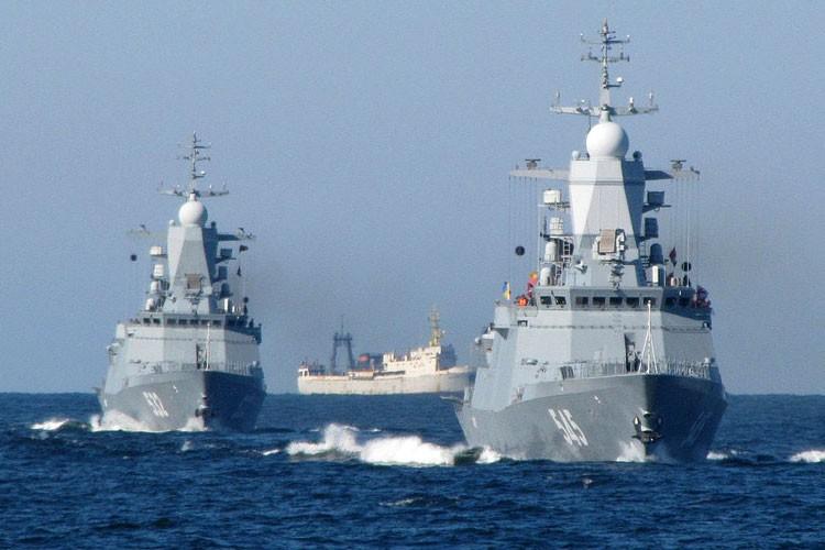 انطلاق مهرجان السجادة الحمراء في غزة (7).jpg