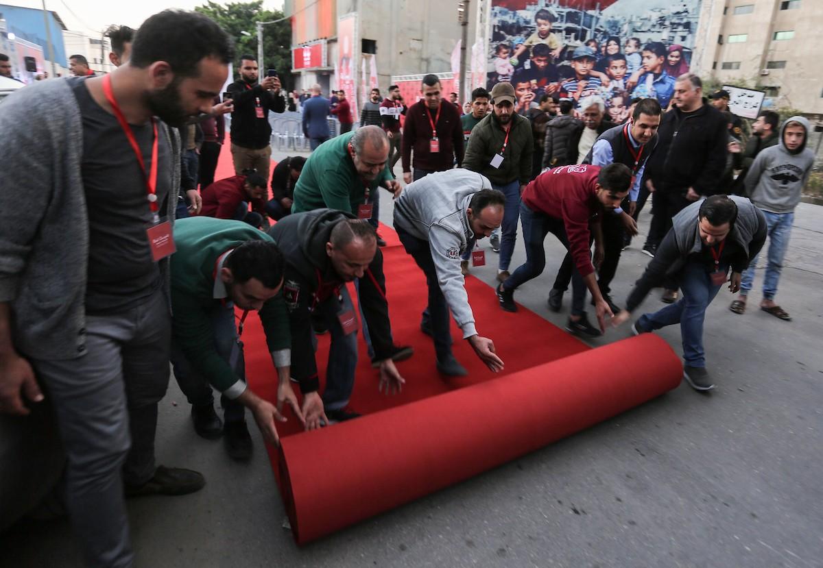انطلاق مهرجان السجادة الحمراء في غزة (10).jpg