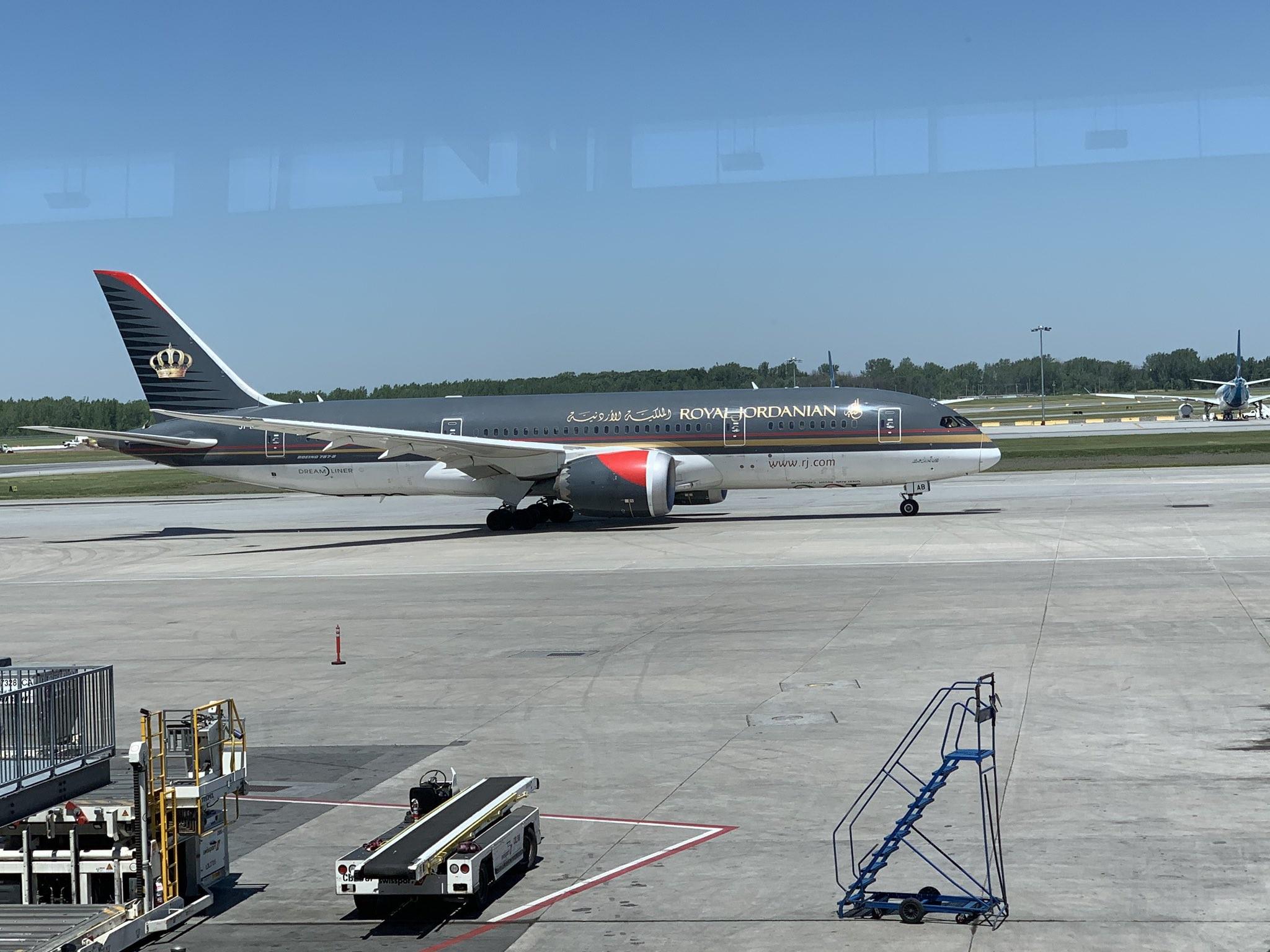 طائرة أردنية 2.jpg
