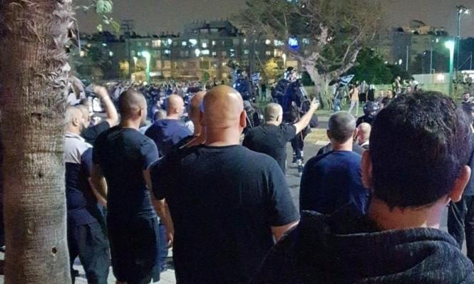 شرطة الاحتلال ومتطرفون يعتدون على متظاهرن عرب في يافا (4).jpg