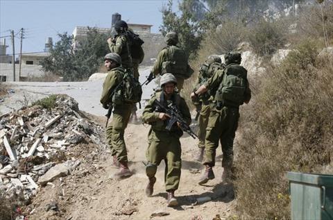 الاحتلال يعثر على 4 مستوطنين دخلوا إلى حلحول عن طريق الخطأ